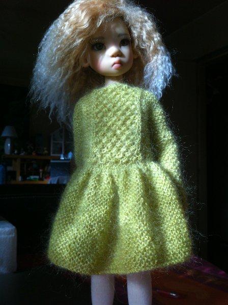 ma jolie MIKI (de Kaye Wiggs) a une nouvelle robe !