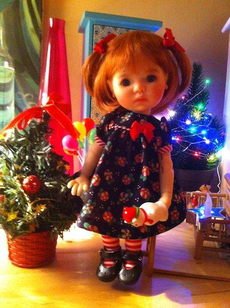 Lily, mini Saffi, vous souhaite un joyeux Noël !!!