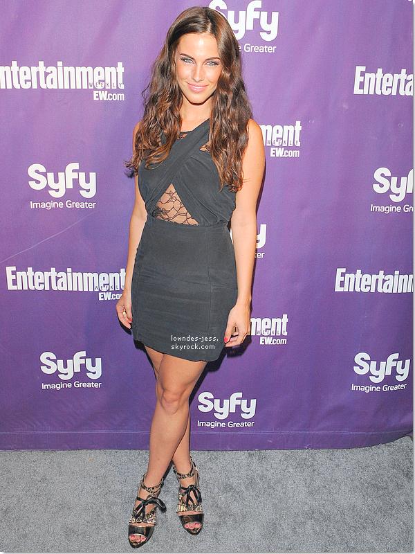 . 24 / 07 / 2010 : Jessica à la Comic-Con Celebration Hosted By Entertainment Weekly & Syfy + un shoot de Jessica et quelques amis réalisé lors de cette soirée . ICI     .
