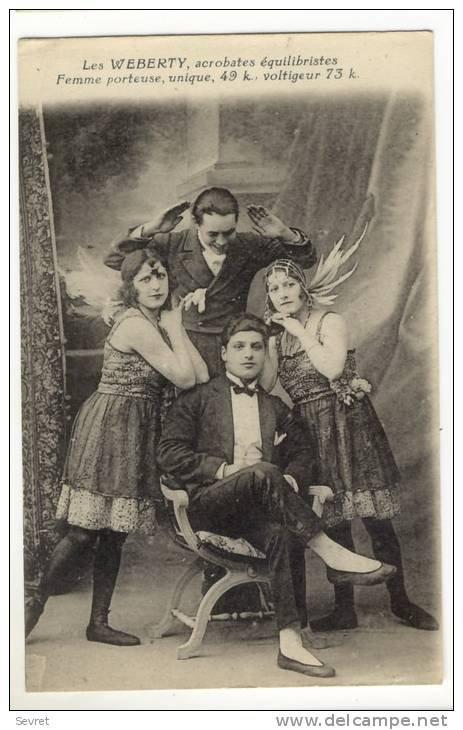 en hommage à mes grands parents leurs freres et soeurs je vais faire une maquette sur le cirque CASSULI