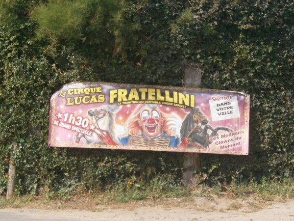 le cirque LUCAS FRATELLINI  à BAIN DE BRETAGNE jusqu'au 11 SEPTEMBRE 2016