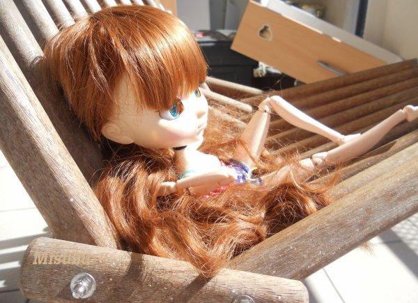 Bronzette au Balcon =^-^=
