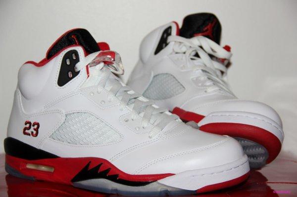 Jordan 5 fire red