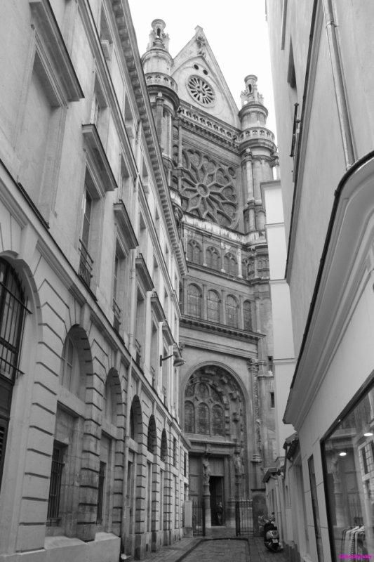 A Paris, il n'ya que le ville qui est  magique