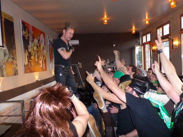 03 Mai 2014 Bar à St Leu Amiens Merci des Vrais fans du Boss
