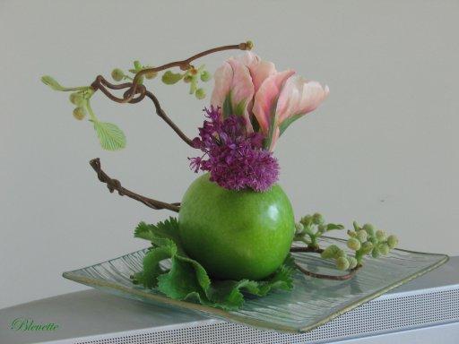pomme verte et fleurs de kiwi art floral bleuette010. Black Bedroom Furniture Sets. Home Design Ideas
