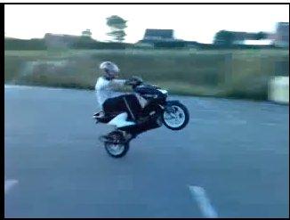 le monde du stunt, Les wheeling et nos engins a moteur il y a rien de plus meilleur au monde
