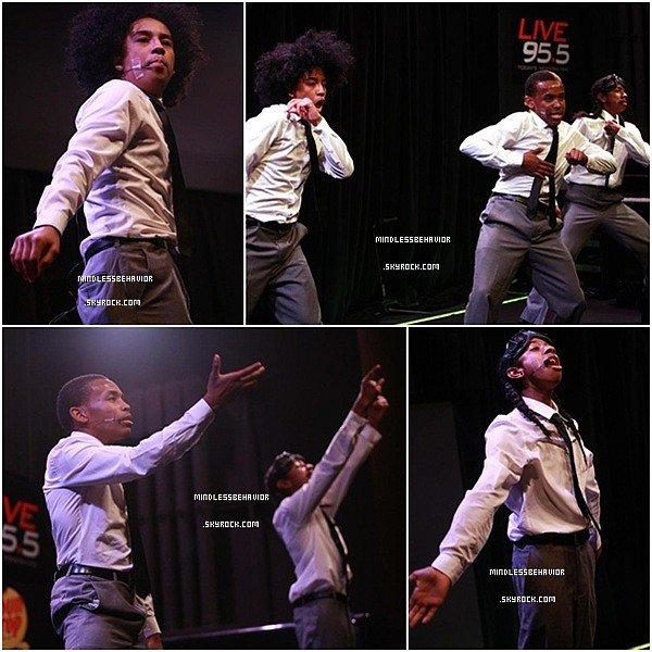 . >> 23/ 03/ 13 - Les Mindless Behavior était au The Bing Lounge pour y performer ainsi que prendre des photos avec quelques fans.(Roc était malade)  .
