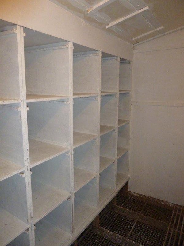 cette semaine c 39 est nettoyage de fond en comble du. Black Bedroom Furniture Sets. Home Design Ideas