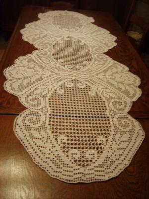 Chemin de table realisations au crochet for Chemin de table crochet