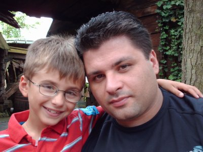 aujourd'hui c'est anniversaire de mon fils 11 ans petit pense a sont papa qui n'ai plus là....depuis le 14/02/2010