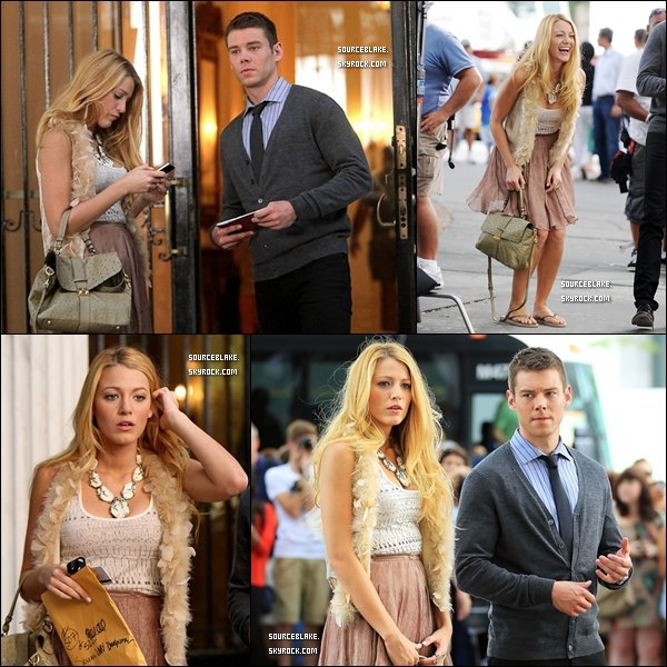 Le 1er septembre 2011 - Pour changer, Blake était sur le set de Gossip Girl à New York.