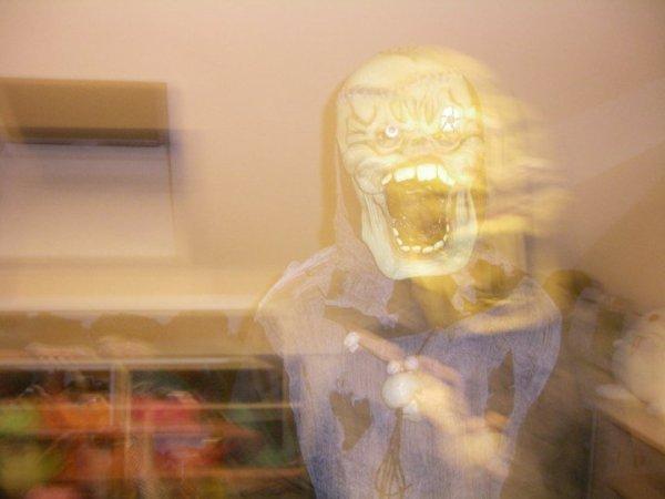 Me Revoila pour cette nouvelle année de préparation pour notre fête préférée : Halloween (2011) !