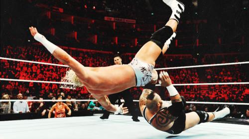 "ère Cena -----> ère ""YES"" Daniel Bryan ? XD"
