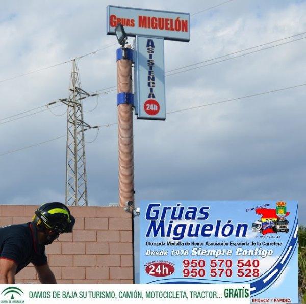 Gruas El Ejido Adra Almería haciendo lo que mejor sabemos hacer