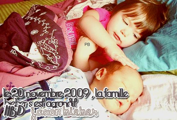 _  _     ♥ Un an déjà que ce petit ange est né ♥ _