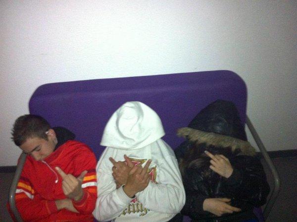 En Moode Groos Fuuck A La Camera ! ;D <3
