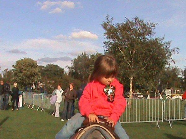 ma soeur coline a poney