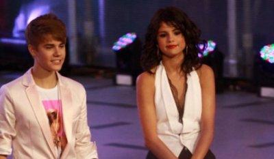 Selena Gomez critique Justin Bieber, Justin Bieber : Selena Gomez fantasme sur un autre