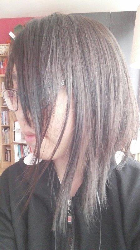Mes cheveux (maintenant ils sont courts)