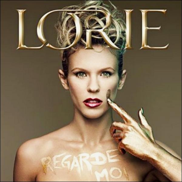 Cela fait cinq ans que l'album « Regarde Moi » a fait sa sortie dans les bacs !