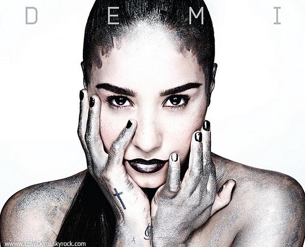 Découvre l'album 'Demi'