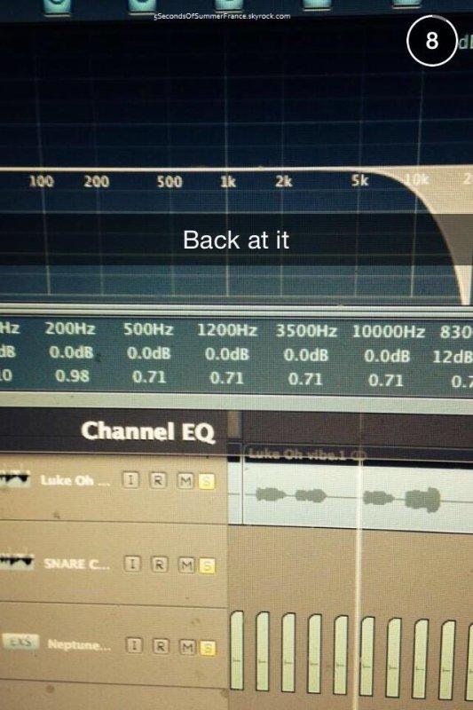 Le 4 février Les 5SOS sont tous en studio !