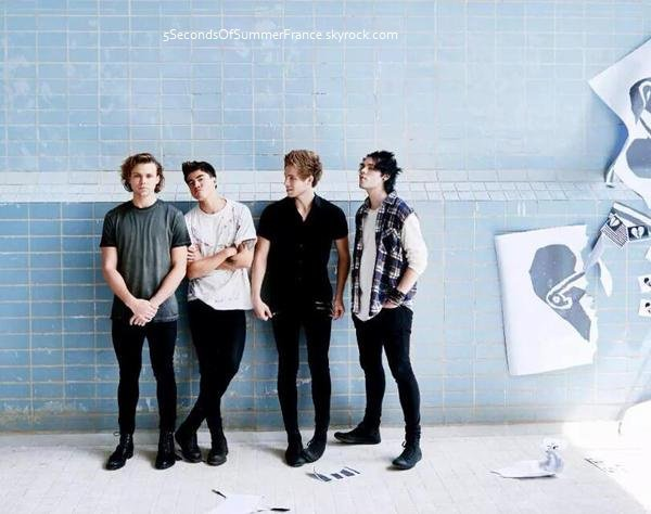 Le 15 août Les 5SOS seront aux Teen Choice Awards demain !