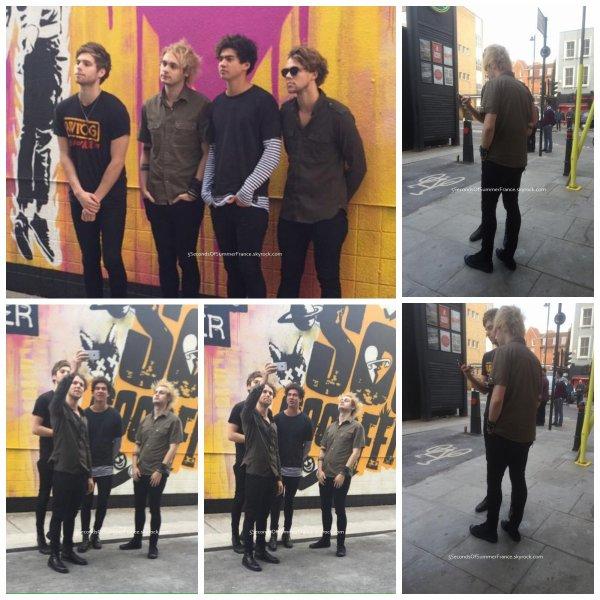 Le 21 octobre 2015 Les 5SOS ont quittés Londres !