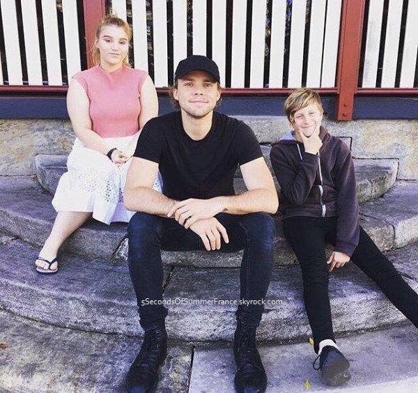 Le 16 juin 2016 Les 5SOS sont à Melbourne aujourd'hui !