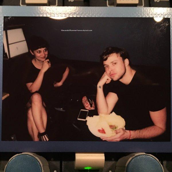 Le 18 février 2017 Le groupe est toujours en studio !