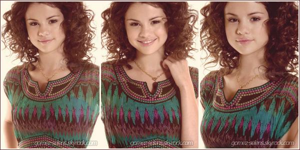 Découvre ou re-découvre un ancien shoot, de Selena Gomez en exclus.