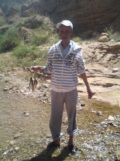 peche de poisson dans reviere