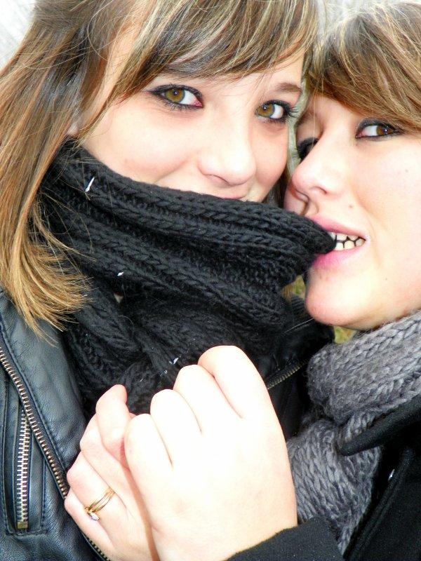 Ma Meilleure Amie , Je la supporte , je la taquine , je lui dit tout , je la fait rire , je la harcèle & Je l'aime !