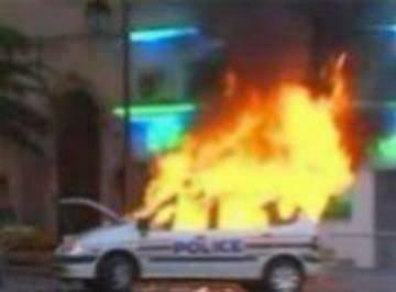 Fait divers : Une école et un studio de télévision incendiés
