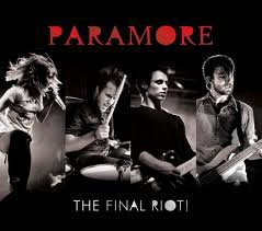 Commencons avec Paramore =)