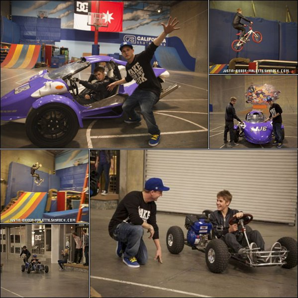 .  Justin at  Fantasy Factory.  + Justin fait du shopping avec son père
