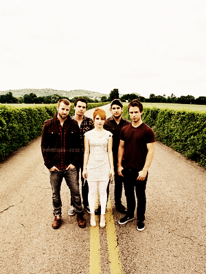 . + About Paramore ....................................................................................................................................................................... ( ♥ )