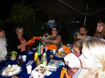 super soirée d'anniversaire avec mes  soeurs ,belles soeurs,cousines ,et amis ,merci a toutes