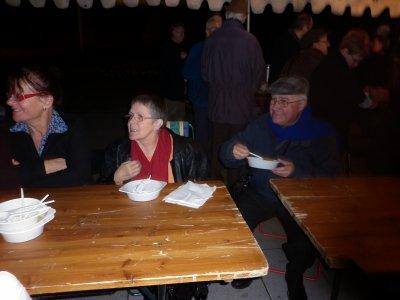 Bonjour  a toutes ;hier on a passe la soirée avec emaus de Forbach ;on a mangé de la soupe aux pois puis notre cher Pedro qui est un père dominicain a raconte son parcours de vie a l'eglise ,c'etait très enrichissant ;quelques fotos