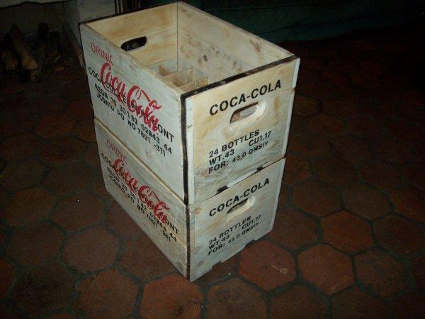 mes caisses de coca cola fais maison sauf la premi re bien sur elle sert de model. Black Bedroom Furniture Sets. Home Design Ideas