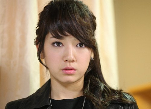 Sandara 2NE1 + HYUNSEUNG B2ST JS + PARK SHIN HYE
