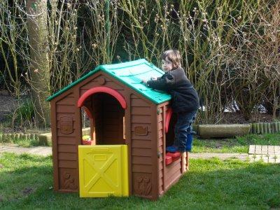 la cabane dans le jardin bonne visite. Black Bedroom Furniture Sets. Home Design Ideas