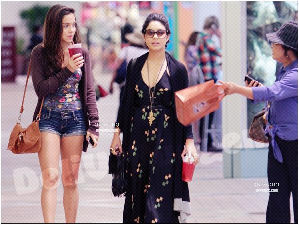 → Vanessa Hudgens // Candids - . • ˙ • . • ˙ • . • ˙ • . • ˙ • . • ˙ • . • ˙ • . • ˙ • . • ˙ • . •˙ • .  DELIV-HUDGENS ★.•°•.•VANESSA MODE IN GYM•.•°•.★  « Los Angeles - Californie - USA » - . • ˙ • . • ˙ • . • ˙ • . • ˙ • . • ˙ • . • ˙ • . • ˙ • . • ˙ • . •˙ • .  -[/align ]« 25.07.2011 »