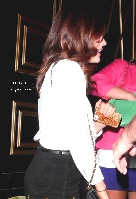 06.07.2012 : Lucy arrivant à la boîte de nuit Bootsy Bellow