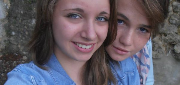 On rêve d'une amitié éternelle, puis on se rend compte qu'elle est fragile et rares sont les amis sincères. Une chose est sure, quand on les rencontre, notre existence en est changée à jamais. ♥♥