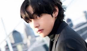 Kim Taehyung <3 Ultim Bias.