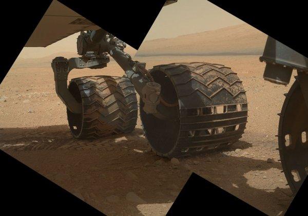 Curiosité: roues sur Mars
