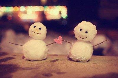 Durant l'hiver on s'est rencontré, Amour, gentillesse, beauté à mes yeux tu es, Mon coeur, mon corps et mon âme je t'ai donné, Il ne peut rien t'arriver, Eternellement prêt de toi je serai, Nos coeurs sont mêlés à jamais. ♥