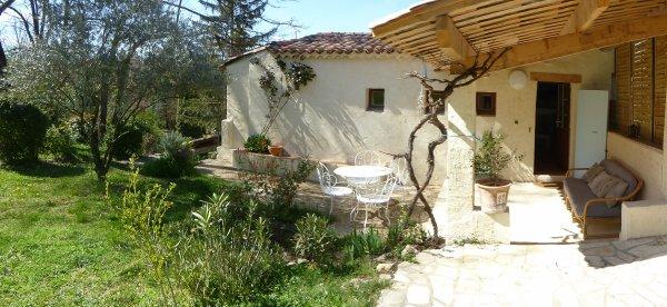 Gîte CHANTE BELLE  avec piscine en Provence dans le Lubéron  2018